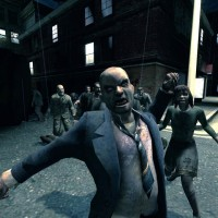 """Review: Be a Zombie & Suck Human Brains in """"Left 4 Dead"""""""