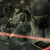 "Review: Enter the Madness of Solid Snake with ""Metal Gear Solid 4"""