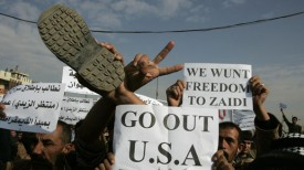 bush-shoe-protest-iraq-throw