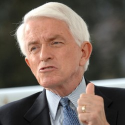 US Chamber Of Commerce Sleazeball Tom Donohue Oversaw Fraud, Insider Trading At Bankrupt Health Care Company...Pension Funds Want Him Fired From Board...