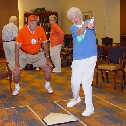 old-people-playing-wii