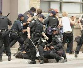toronto riot arrest1