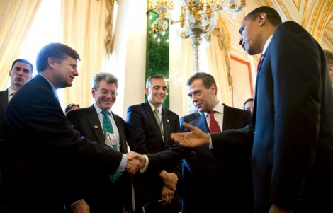 RUSSIA-US-MEDVEDEV-OBAMA