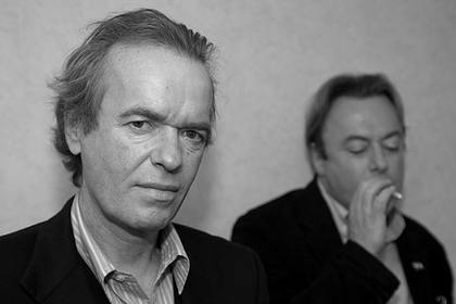 amis hitchens smoking