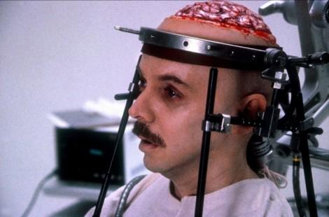 brain-dead-1990-02-g1