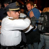Watch Live Stream Occupy New York Protests Running In The Streets